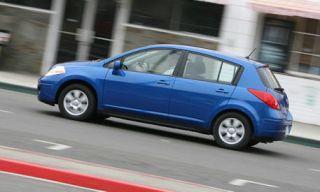 Tire, Wheel, Motor vehicle, Mode of transport, Blue, Vehicle, Transport, Automotive design, Land vehicle, Automotive tire,