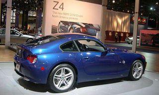 Tire, Wheel, Mode of transport, Vehicle, Alloy wheel, Automotive design, Land vehicle, Rim, Performance car, Car,