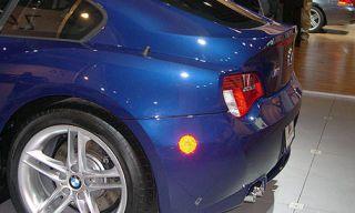 Tire, Motor vehicle, Wheel, Mode of transport, Automotive design, Blue, Automotive tire, Vehicle, Automotive tail & brake light, Automotive lighting,
