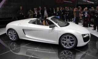 Tire, Wheel, Mode of transport, Automotive design, Vehicle, Alloy wheel, Rim, Concept car, Car, White,