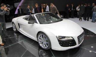 Mode of transport, Automotive design, Vehicle, Transport, Event, Land vehicle, Car, Concept car, White, Personal luxury car,