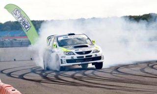Tire, Automotive design, Vehicle, Land vehicle, Motorsport, Race track, Automotive tire, Car, Hood, Sports car racing,