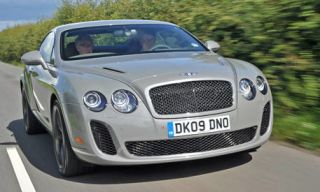 Mode of transport, Vehicle, Land vehicle, Automotive design, Vehicle registration plate, Car, Grille, Transport, Photograph, Bentley,