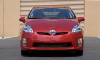 Motor vehicle, Mode of transport, Automotive design, Automotive mirror, Blue, Daytime, Vehicle, Transport, Yellow, Hood,
