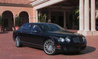 Tire, Wheel, Mode of transport, Vehicle, Land vehicle, Architecture, Property, Rim, Car, Automotive mirror,