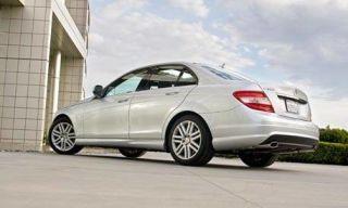 Wheel, Tire, Mode of transport, Automotive design, Automotive tire, Alloy wheel, Rim, Car, Mercedes-benz, Fender,