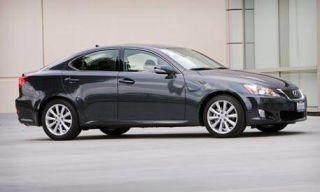 Tire, Wheel, Mode of transport, Alloy wheel, Vehicle, Automotive design, Automotive tire, Rim, Car, Full-size car,