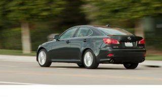 Tire, Wheel, Mode of transport, Automotive design, Vehicle, Transport, Alloy wheel, Road, Automotive lighting, Car,