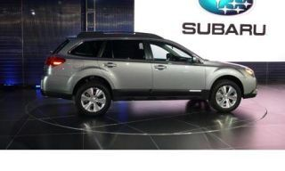 Tire, Motor vehicle, Wheel, Mode of transport, Automotive tire, Product, Automotive design, Vehicle, Transport, Alloy wheel,