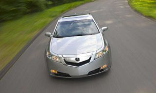 Motor vehicle, Road, Mode of transport, Automotive mirror, Automotive design, Nature, Green, Automotive exterior, Glass, Product,