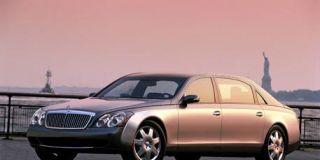 Tire, Wheel, Motor vehicle, Mode of transport, Transport, Vehicle, Automotive tire, Rim, Land vehicle, Infrastructure,