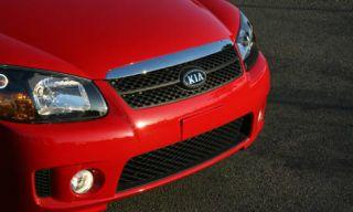 Motor vehicle, Automotive design, Daytime, Vehicle, Automotive lighting, Hood, Transport, Headlamp, Grille, Automotive exterior,