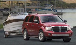 Motor vehicle, Tire, Mode of transport, Transport, Automotive mirror, Vehicle, Automotive tire, Automotive parking light, Automotive design, Rim,
