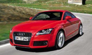 Tire, Automotive mirror, Mode of transport, Automotive design, Vehicle, Transport, Hood, Road, Infrastructure, Grille,