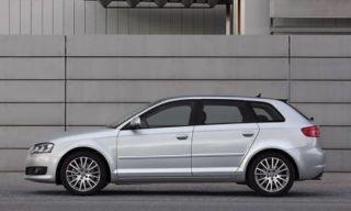 Tire, Wheel, Automotive design, Vehicle, Automotive tire, Alloy wheel, Land vehicle, Rim, Spoke, Car,