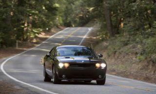 Motor vehicle, Road, Mode of transport, Nature, Automotive design, Vehicle, Road surface, Asphalt, Infrastructure, Headlamp,