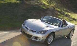 Tire, Wheel, Mode of transport, Automotive mirror, Automotive design, Vehicle, Transport, Automotive lighting, Land vehicle, Headlamp,