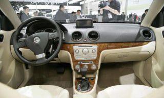 Motor vehicle, Automotive mirror, Steering part, Mode of transport, Automotive design, Product, Steering wheel, Vehicle, Transport, Car,