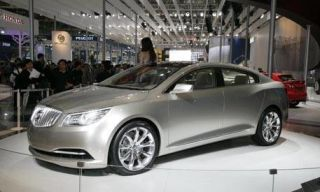 Mode of transport, Automotive design, Vehicle, Event, Land vehicle, Car, Personal luxury car, Alloy wheel, Rim, Luxury vehicle,
