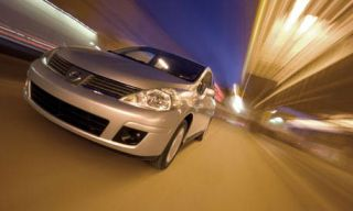 Motor vehicle, Automotive design, Mode of transport, Automotive lighting, Transport, Headlamp, Automotive exterior, Hood, Car, Grille,