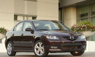 Tire, Wheel, Motor vehicle, Mode of transport, Automotive tire, Vehicle, Automotive mirror, Automotive lighting, Alloy wheel, Land vehicle,
