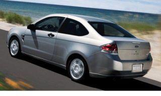 Motor vehicle, Tire, Wheel, Mode of transport, Automotive design, Vehicle, Transport, Alloy wheel, Land vehicle, Rim,