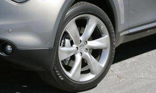Tire, Wheel, Motor vehicle, Automotive tire, Alloy wheel, Automotive wheel system, Vehicle, Automotive exterior, Rim, Spoke,