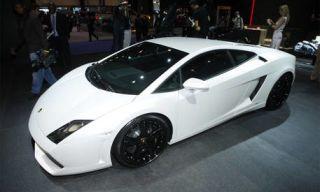 Tire, Motor vehicle, Wheel, Mode of transport, Automotive design, Vehicle, Transport, Event, Land vehicle, Rim,