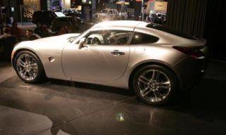 Wheel, Tire, Automotive design, Vehicle, Alloy wheel, Rim, Photograph, Car, White, Automotive wheel system,