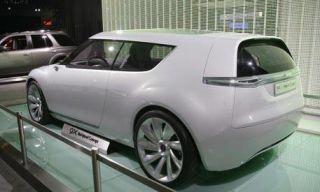 Motor vehicle, Mode of transport, Automotive design, Vehicle, Product, Land vehicle, Property, Car, Rim, Automotive exterior,