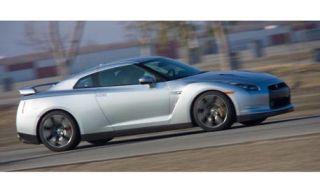Tire, Motor vehicle, Wheel, Mode of transport, Automotive design, Alloy wheel, Transport, Automotive tire, Vehicle, Rim,