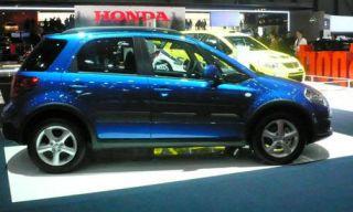 Tire, Motor vehicle, Wheel, Automotive design, Vehicle, Automotive tire, Land vehicle, Car, Transport, Rim,