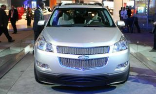 Motor vehicle, Mode of transport, Automotive design, Product, Vehicle, Transport, Event, Grille, Car, Photograph,