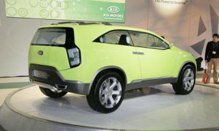 Tire, Motor vehicle, Wheel, Automotive design, Automotive tire, Product, Yellow, Vehicle, Transport, Land vehicle,