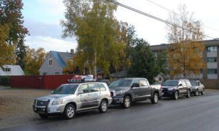 Tire, Motor vehicle, Wheel, Mode of transport, Nature, Road, Transport, Vehicle, Land vehicle, Automotive parking light,