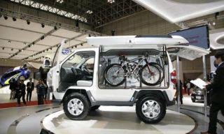 Motor vehicle, Mode of transport, Automotive design, Product, Automotive tire, Transport, Rim, Fender, Automotive wheel system, Tread,