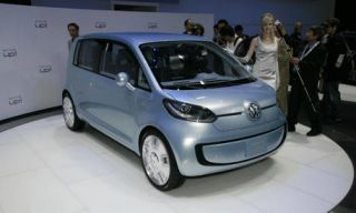 Motor vehicle, Automotive mirror, Mode of transport, Automotive design, Transport, Vehicle, Land vehicle, Car, Photograph, White,