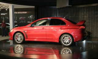 Tire, Wheel, Alloy wheel, Automotive design, Automotive tire, Vehicle, Rim, Spoke, Automotive wheel system, Car,