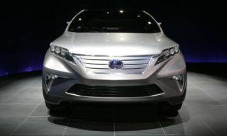 Motor vehicle, Mode of transport, Product, Automotive design, Blue, Daytime, Automotive lighting, Vehicle, Headlamp, Glass,