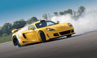 Automotive design, Mode of transport, Yellow, Vehicle, Land vehicle, Hood, Headlamp, Performance car, Car, Supercar,
