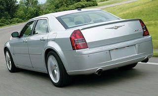 Tire, Wheel, Motor vehicle, Mode of transport, Nature, Vehicle, Automotive design, Land vehicle, Transport, Automotive tire,