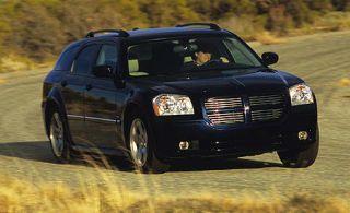 Tire, Motor vehicle, Wheel, Mode of transport, Automotive design, Transport, Vehicle, Automotive mirror, Land vehicle, Automotive exterior,
