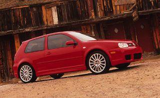 Tire, Wheel, Automotive design, Wood, Vehicle, Alloy wheel, Green, Rim, Property, Car,