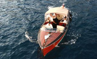 Watercraft, Water, Waterway, Naval architecture, Boat, Holiday, Boating, Ship, Wind, Water transportation,