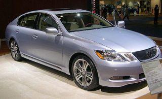 Tire, Wheel, Mode of transport, Vehicle, Automotive design, Glass, Land vehicle, Automotive lighting, Car, Rim,