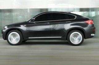 Wheel, Tire, Mode of transport, Automotive design, Vehicle, Automotive tire, Land vehicle, Car, Automotive wheel system, Alloy wheel,