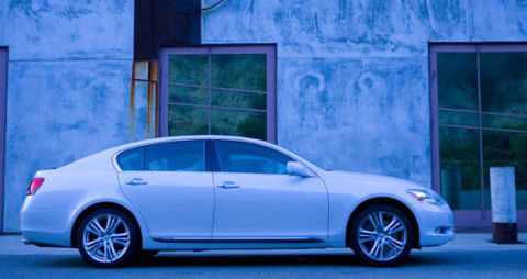 Tire, Wheel, Blue, Alloy wheel, Vehicle, Rim, Automotive design, Spoke, Car, Full-size car,