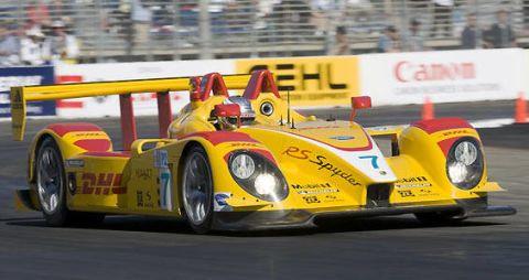 Tire, Wheel, Mode of transport, Automotive design, Yellow, Vehicle, Motorsport, Race track, Car, Racing,