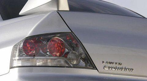 Automotive tail & brake light, Automotive design, Automotive lighting, Car, Automotive exterior, Light, Luxury vehicle, Automotive light bulb, Personal luxury car, Sedan,