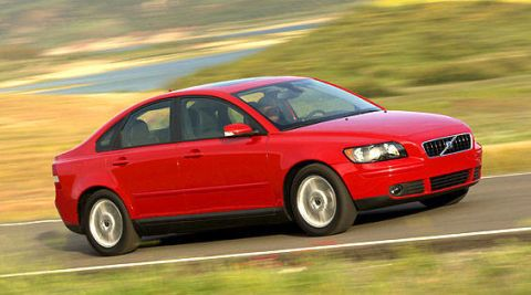2004 Volvo S40 First Drive - Full Review of the New 2004 Volvo S40